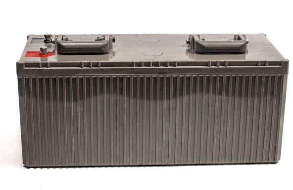 Batterie Plomb /étanche Stationnaire et Cyclage VRLA AGM LSLC140-12 12V 140Ah Lucas